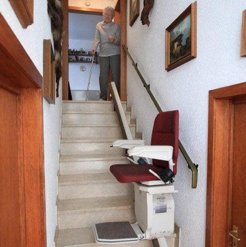 treppenlift gebraucht kaufen preise kosten vergleichen. Black Bedroom Furniture Sets. Home Design Ideas