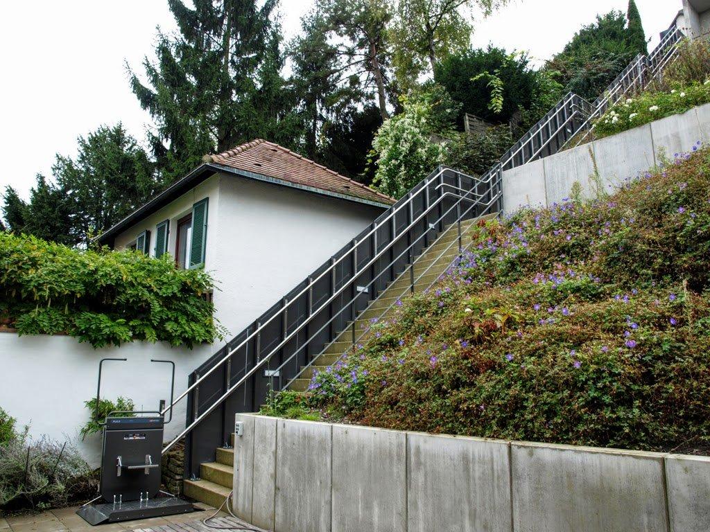 steile treppe umbauen geschichte von zu hause aus. Black Bedroom Furniture Sets. Home Design Ideas