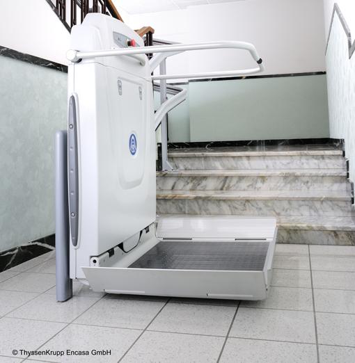 plattform treppenlifte f r rollstuhlfahrer kosten preise vergleichen. Black Bedroom Furniture Sets. Home Design Ideas