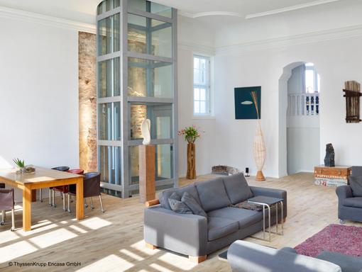 senkrechtlifte preise kosten vergleichen gebraucht. Black Bedroom Furniture Sets. Home Design Ideas