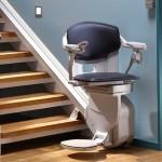 Treppenlift mit drehbaren Sitz