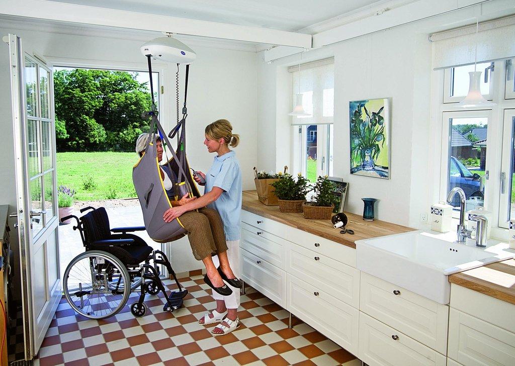 deckenlift in der k che bilder und fotos. Black Bedroom Furniture Sets. Home Design Ideas